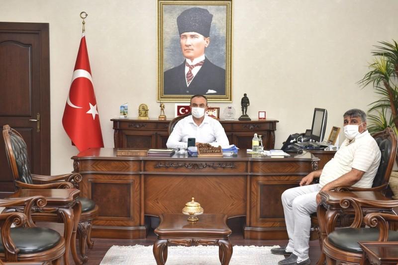 CHP İL BAŞKANI PERKER, VALİ SOYTÜRK'Ü ZİYARET ETTİ