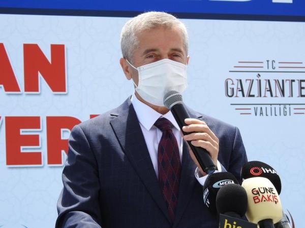 ŞAHİNBEY'DEN GAZZE'YE TAM DONANIMLI 5 AMBULANS